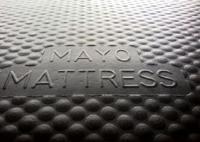 Logo Mayo Mat